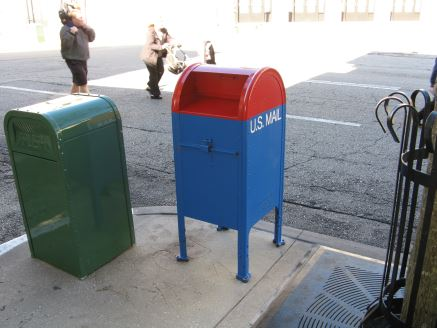 Red & blue mailbox at Disney World's Hollywood Studios