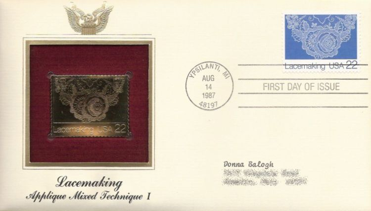 First day cover bearing 22-cent lace by Leslie Saari stamp